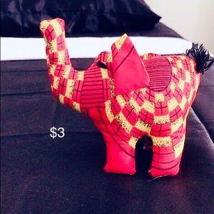 Cloth elephant